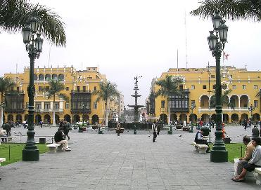 Historic Central Square in downtown Lima